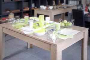 Ensembles tables et chaises, Tables de cuisine, Bars et tabourets de bar, Buffets de cuisine, Meubles micro-ondes et dessertes, Poubelles de cuisine, Cuisines équipées & sur mesure